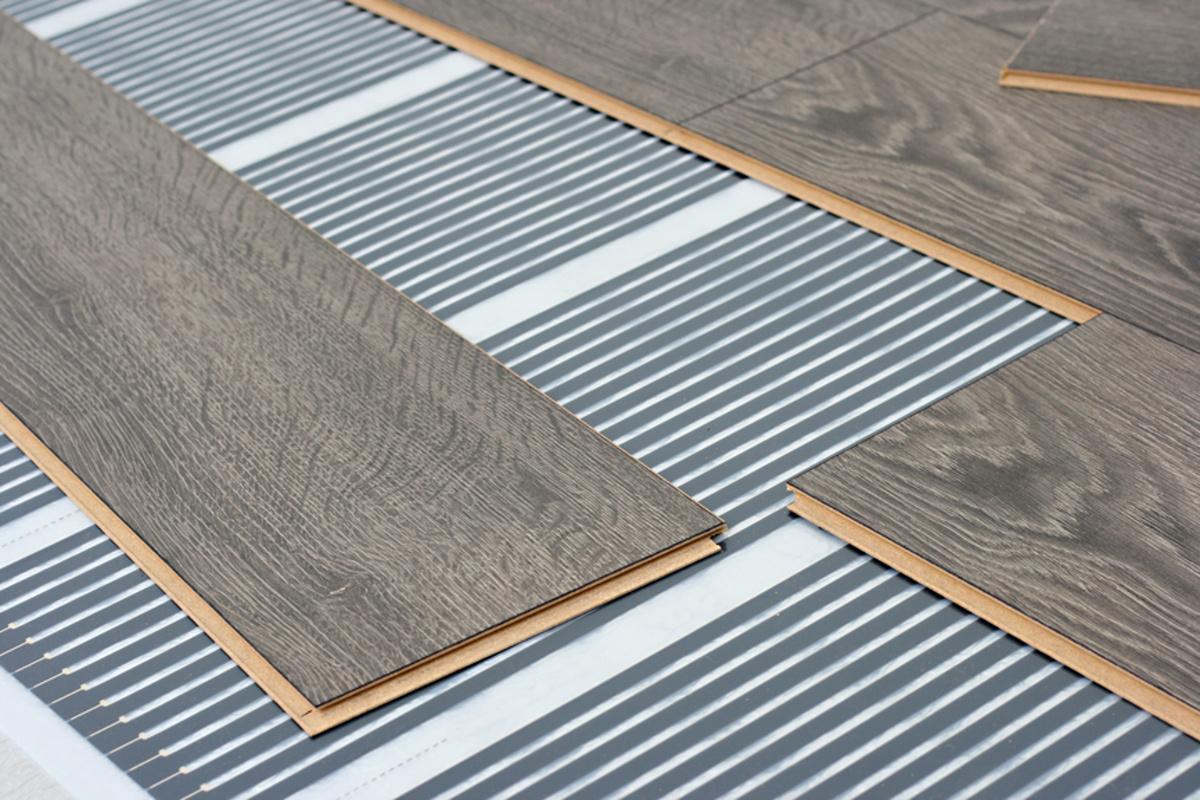 floor heating system under laminate floor